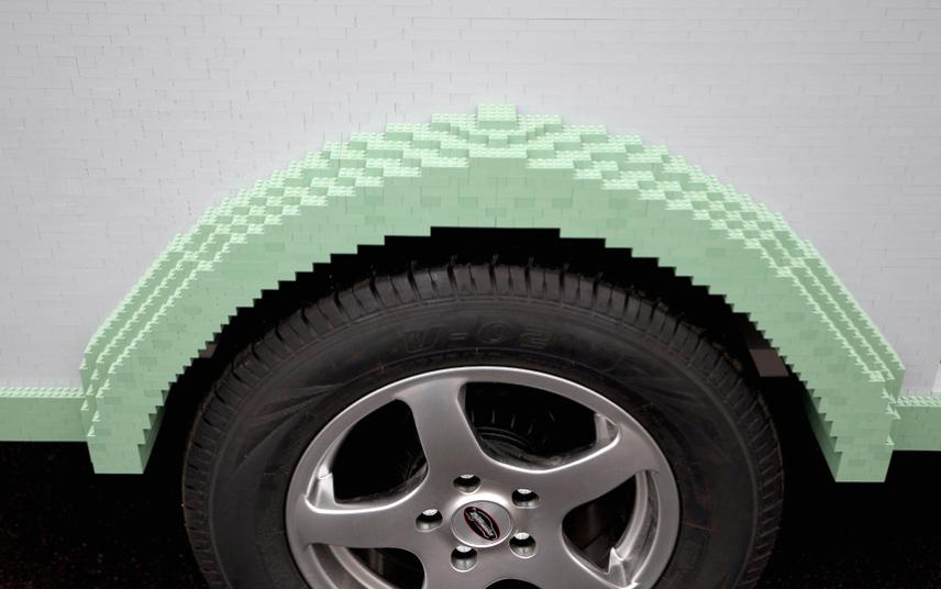 5. Из LEGO сделаны и колесные арки.