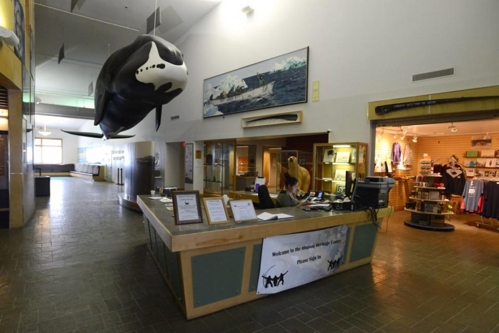 6. Модель гренландского кита в Iñupiat Heritage Center.