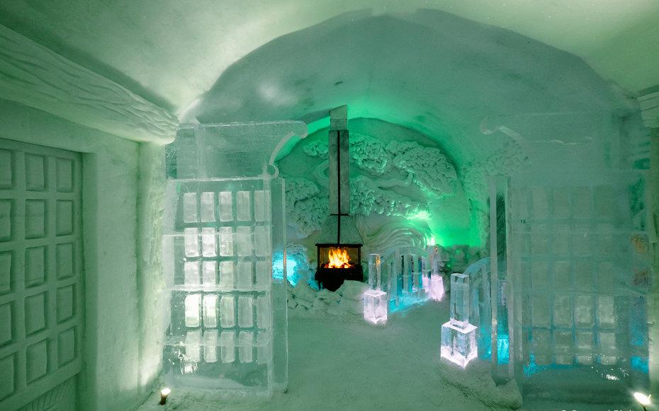 7. Холодное сердце - Hotel de Glace, Канада.