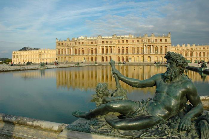 9.  Версальский замок, Франция.