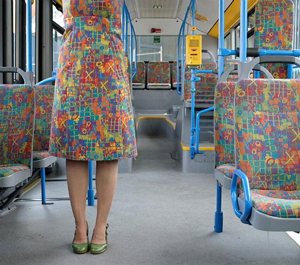 13. Платье под автобус.