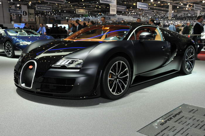 7. Bugatti Veyron Super Sports (2,4 миллиона долларов).