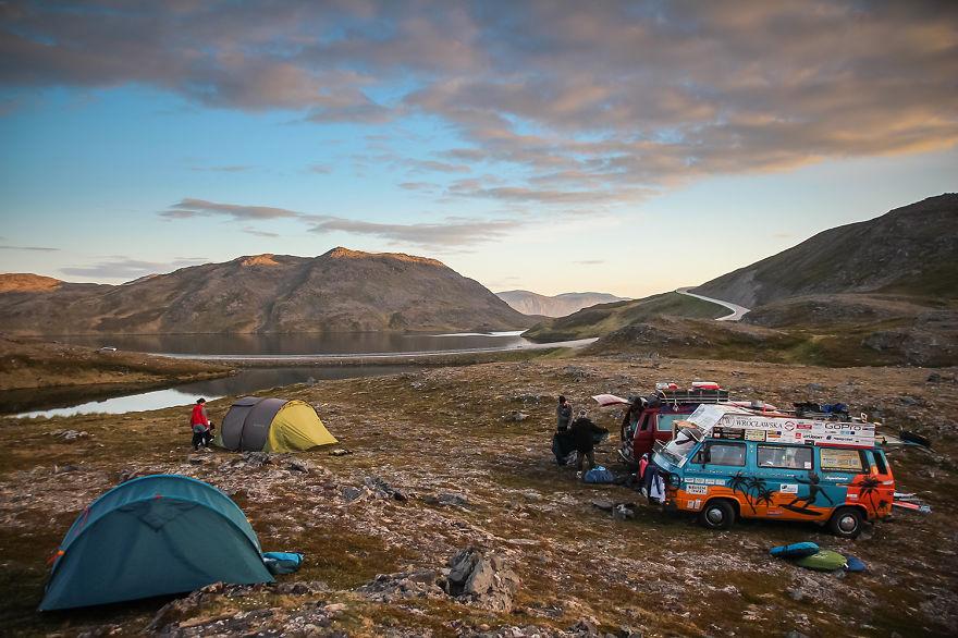 3. «Мы взяли с собой палатки, запасы продовольствия и просто отправились в путь».