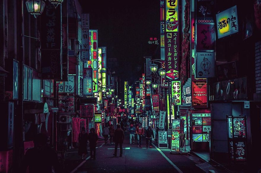 4. Впервые Лиам побывал в Токио по работе, в рамках пресс-тура по игре Far Cry 4. Он сразу же влюбился в город.