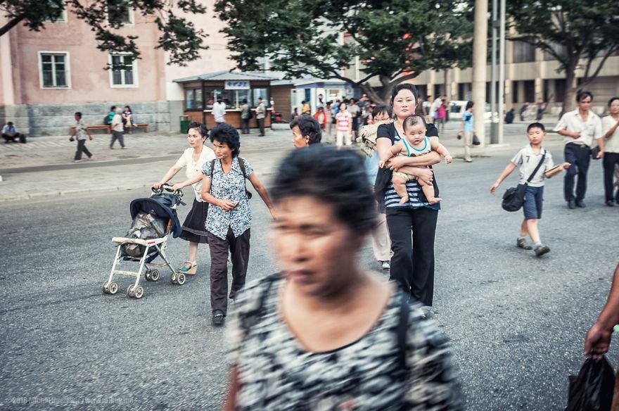 11. Северокорейская улица.