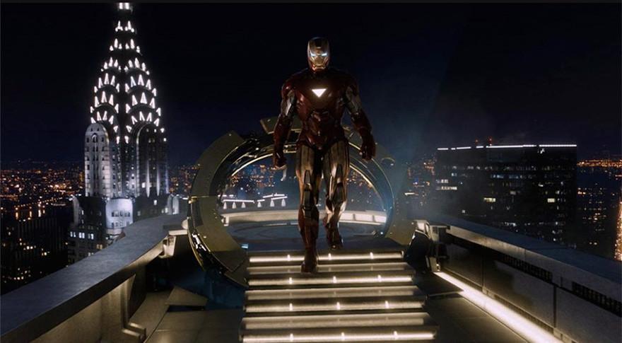 Железный человек - на экране.