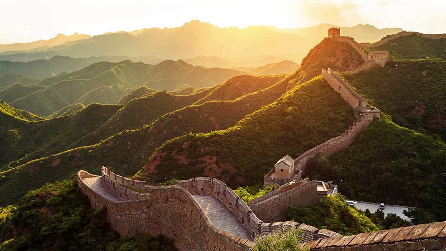 1. Посетить Великую Китайскую стену - ожидание.