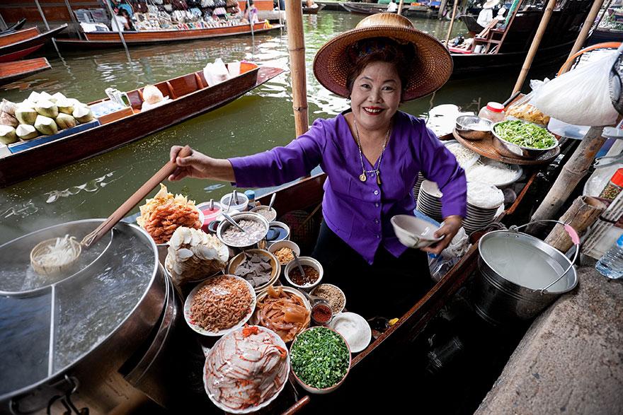 39. Отведать экзотическую кухню Бангкока - ожидание.