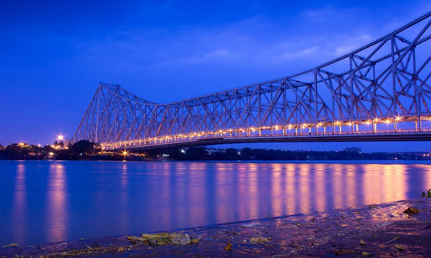 41. Пройти мимо моста в Калькутте – ожидания.