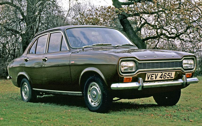 9. Оригинальный Ford Escort в популярном классическом дизайне.
