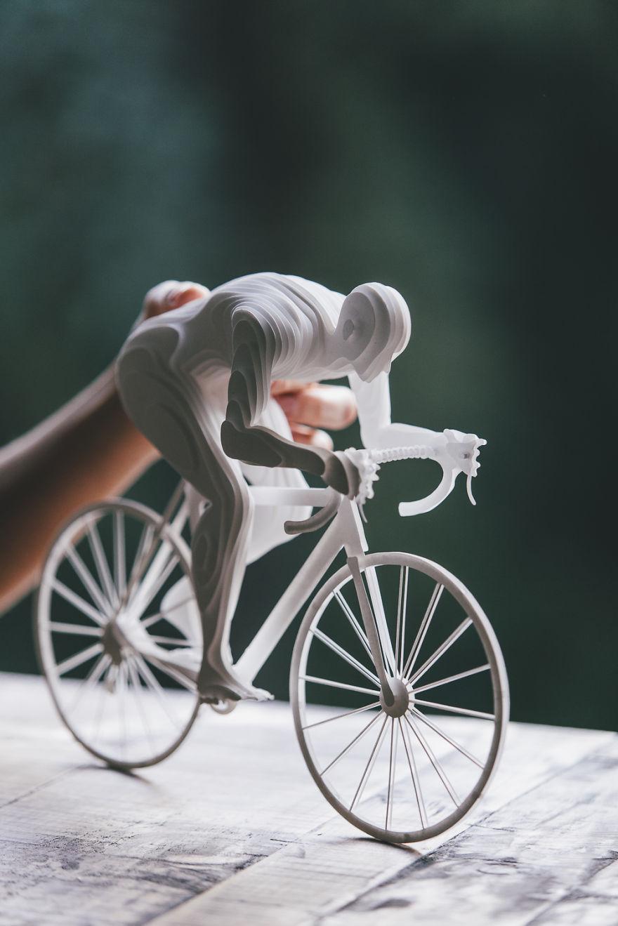 3. Велосипедист.