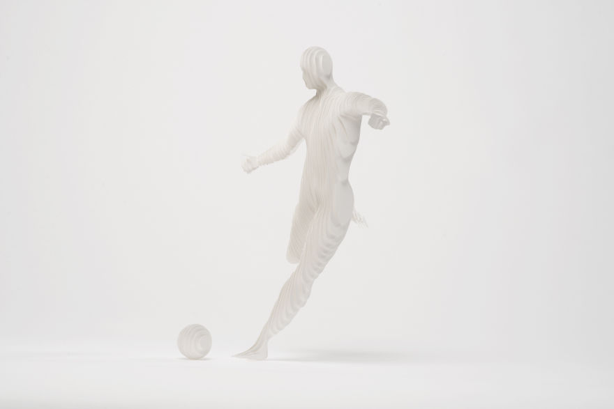 6. Футболист.