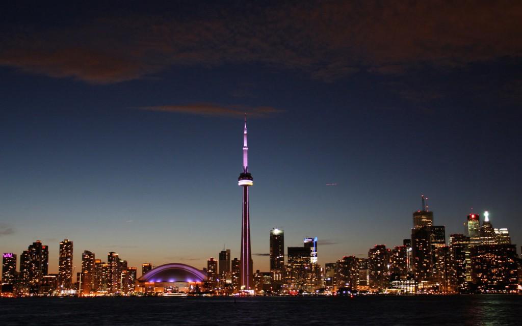 2. Торонто.