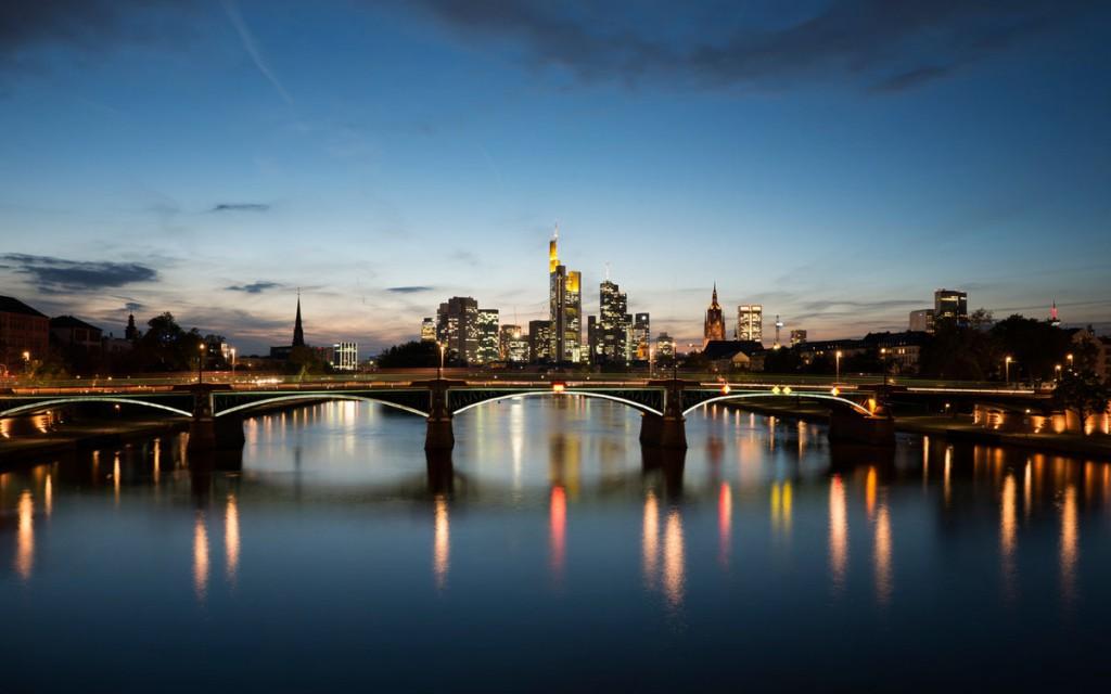 20. Франкфурт.