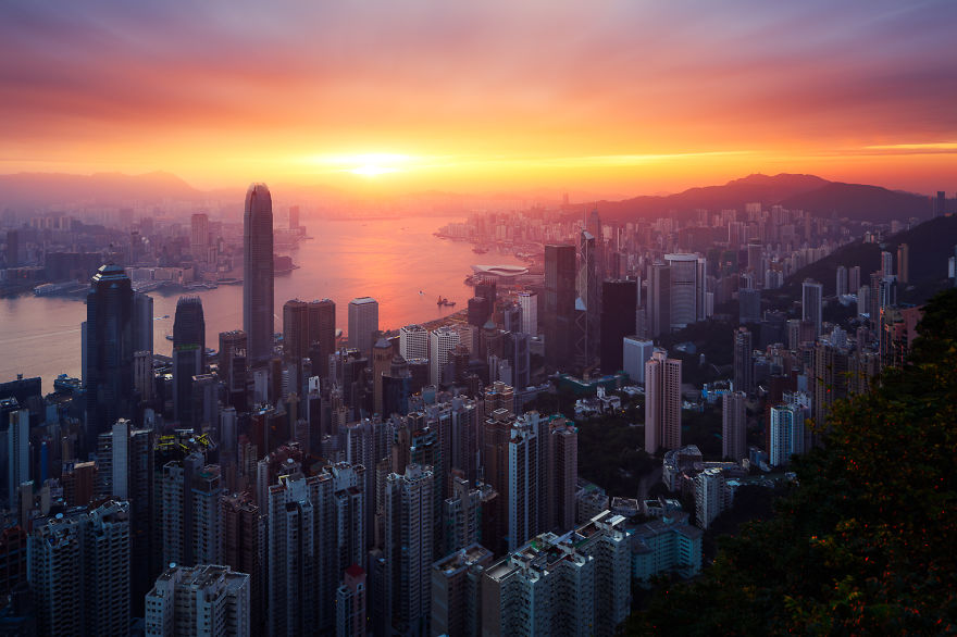 10. Гонконг.