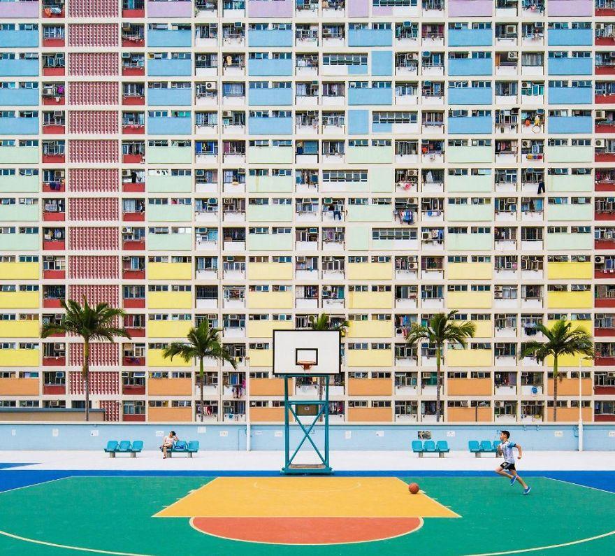 12. «Детство», Китай.