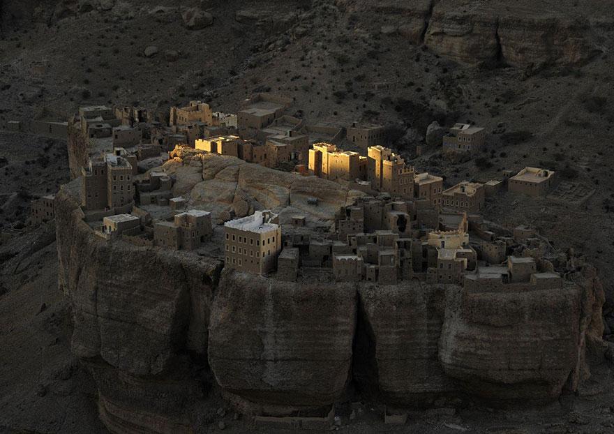 27. «Йеменская Крепость», Вади Доан, Йемен.