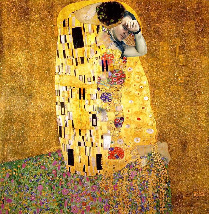 13. «Поцелуй» Густава Климта приобрел новый смысл.