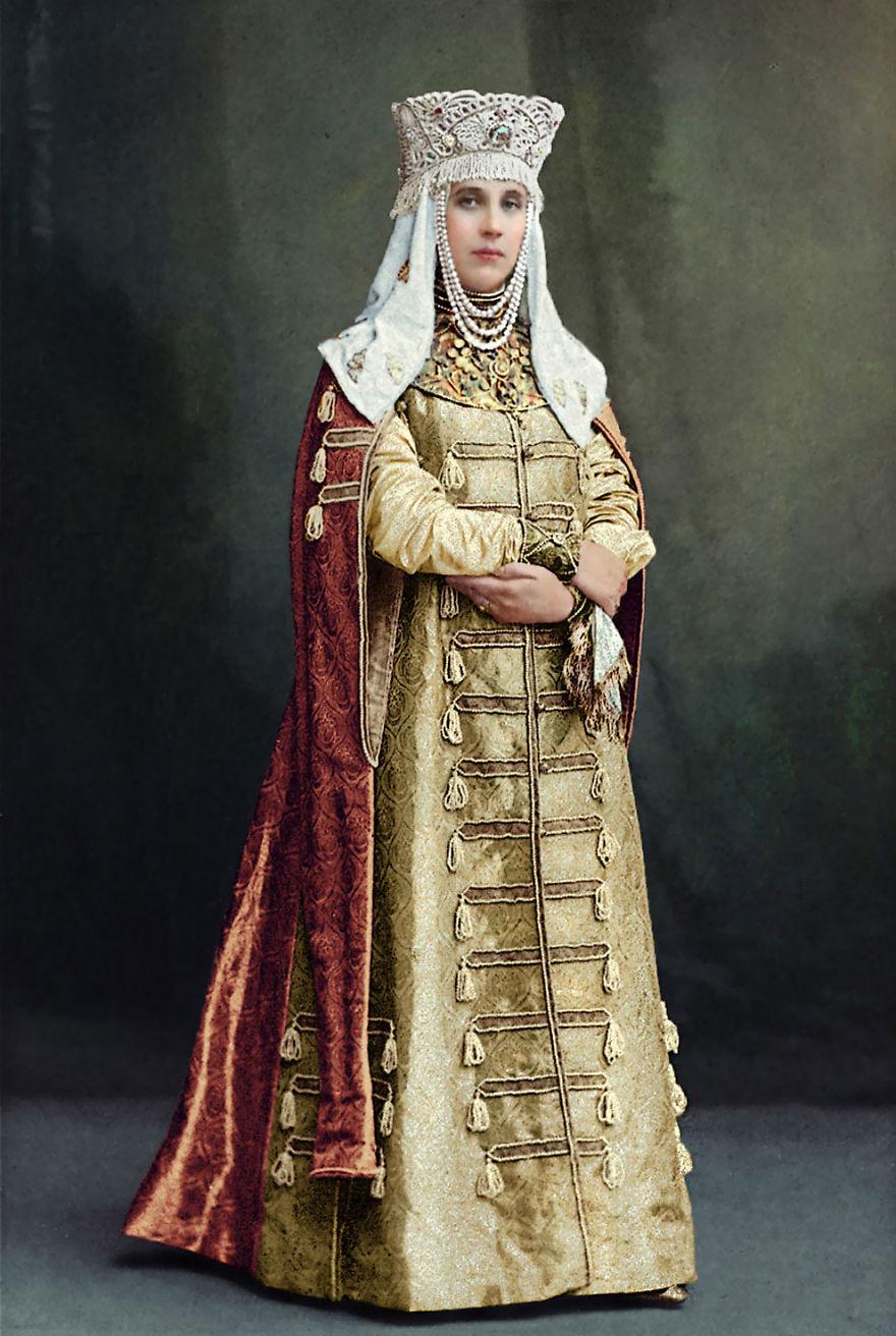 45. Графиня Елизавета Васильевна Мусина-Пушкина, 1903 год.