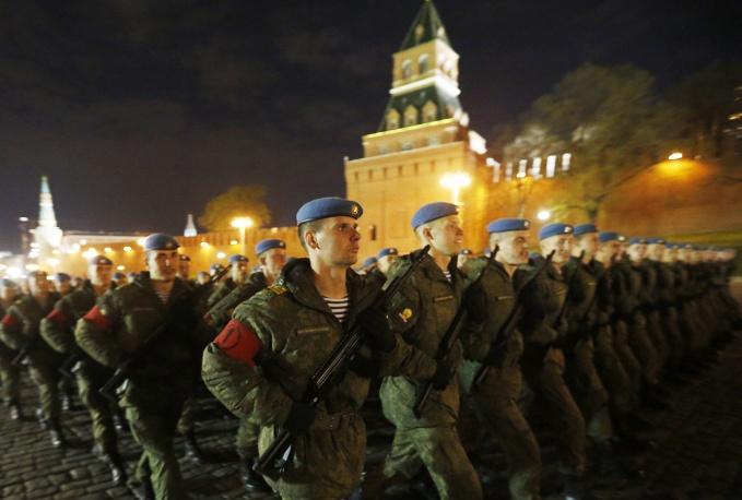11. Репетиция также прошла ночью на Красной площади.