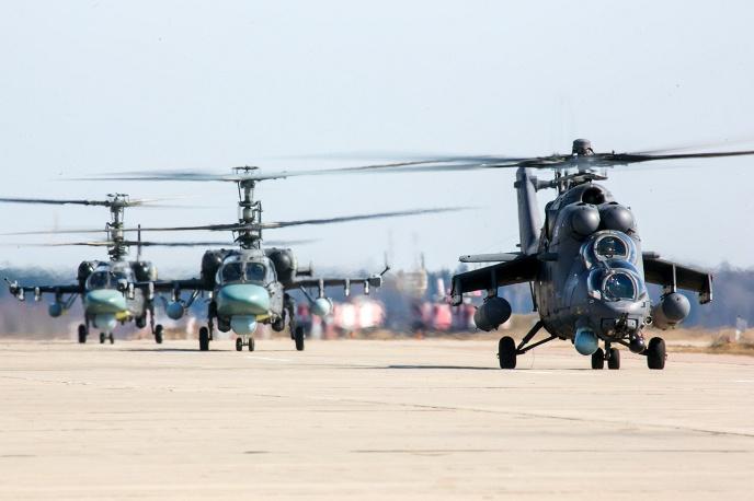 23. В параде будут задействованы самолеты и вертолеты, участвовавшие в боевых действиях в Сирии.