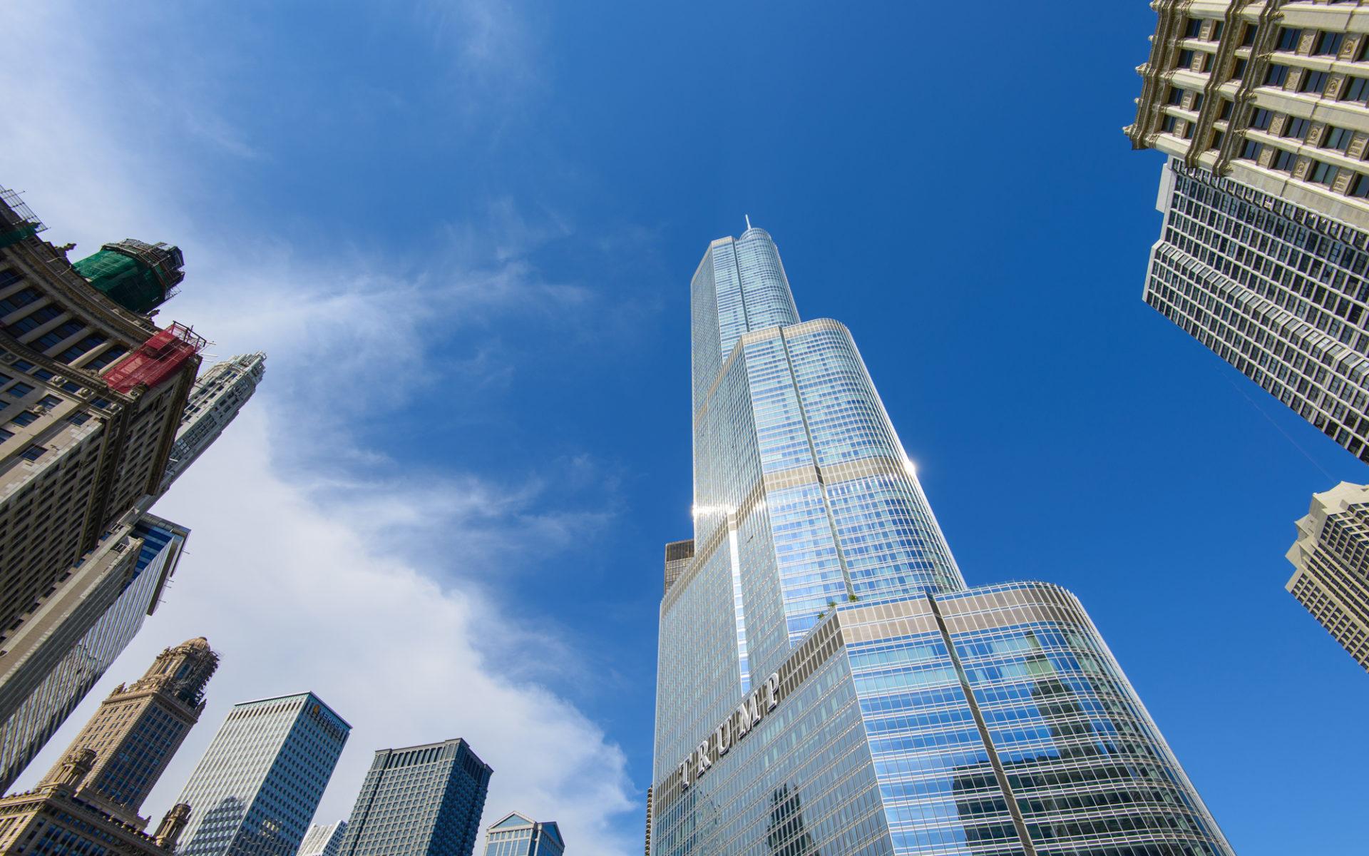 2. Международная гостиница и башня Трампа (Чикаго, США) – 423 метра.