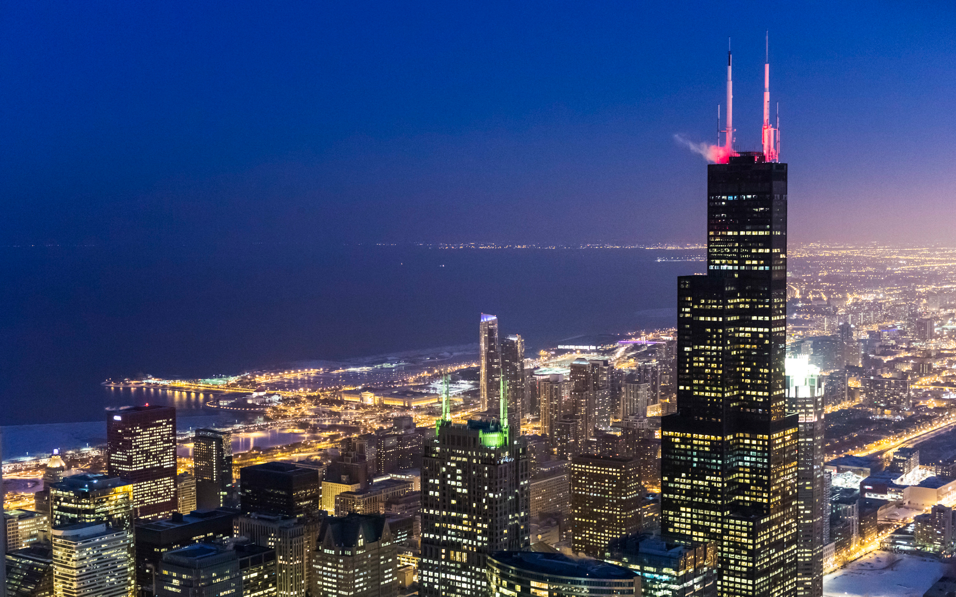 8. Уиллис-тауэр (Чикаго, США) – 443 метра.