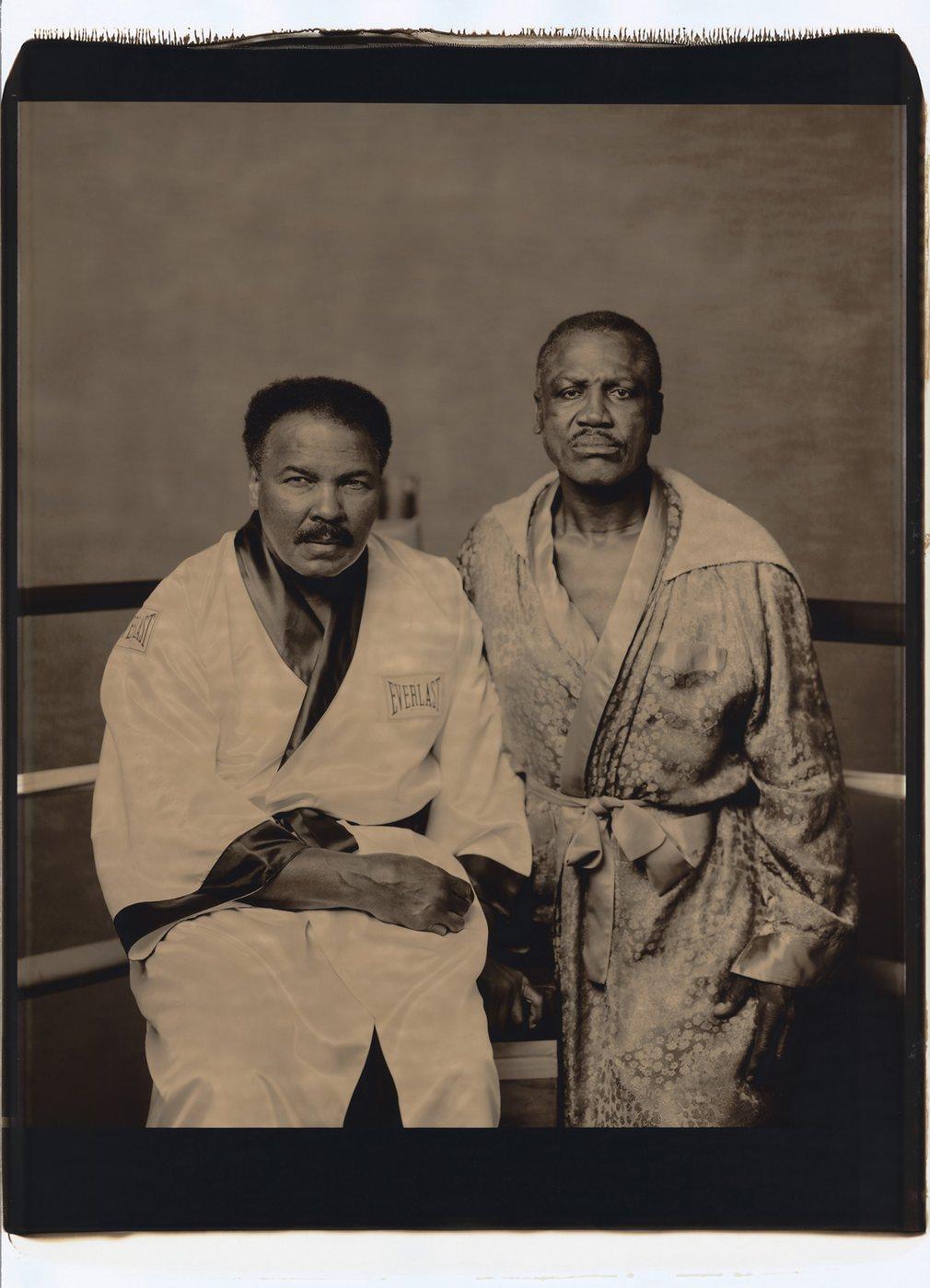15. Мохаммед Али и Джо Фрейзер в 2003 году.