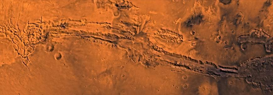 6. Прогулка по каньону Маринер на Марсе.
