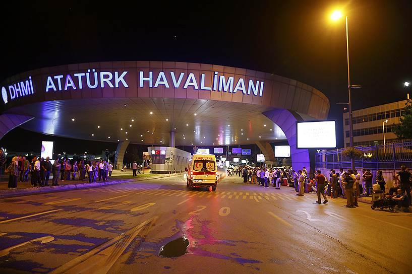 3. Сама Турция ввела временный запрет для СМИ на освещение теракта.