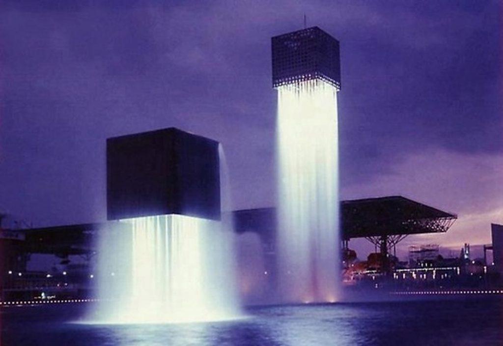 13. Парящие фонтаны.