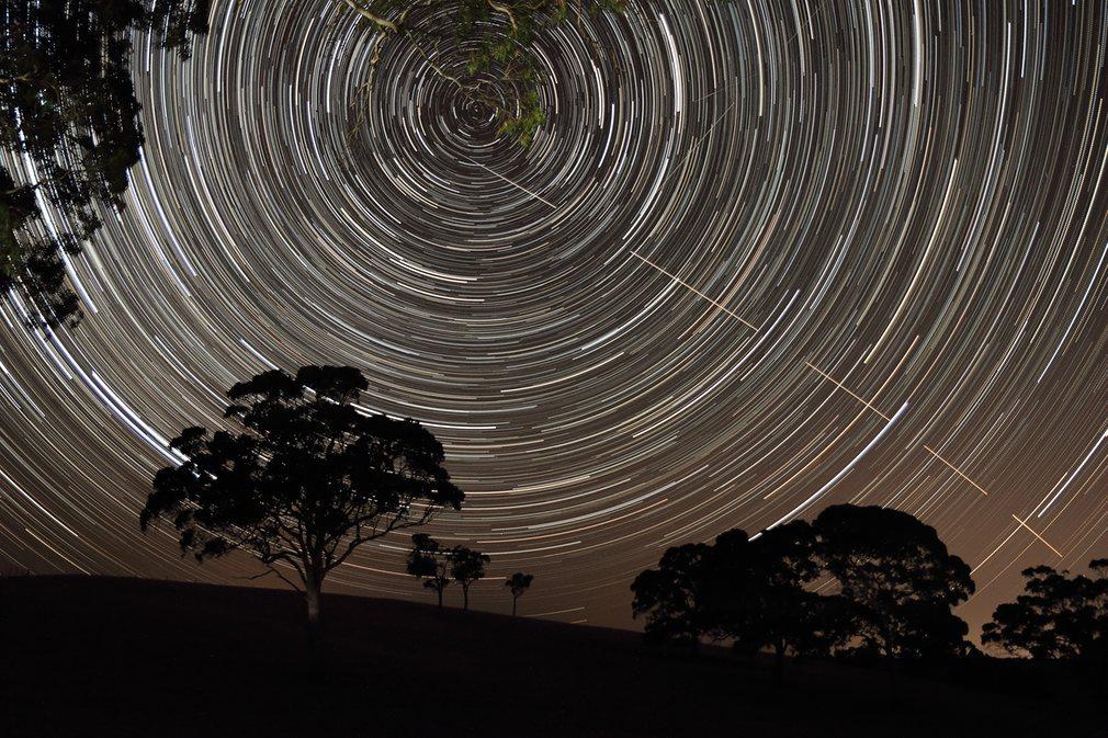8. Скотт Карни-Bronca (Австралия) – Движение МКС.