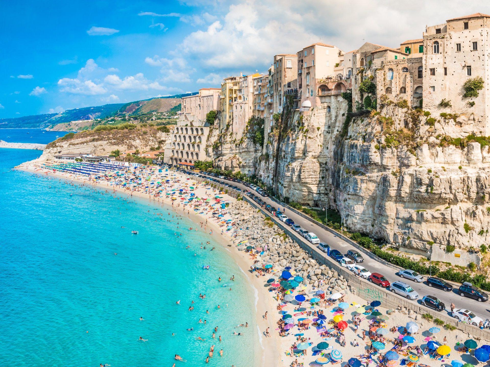 8. Пляж Марасуза, Тропея, Италия.