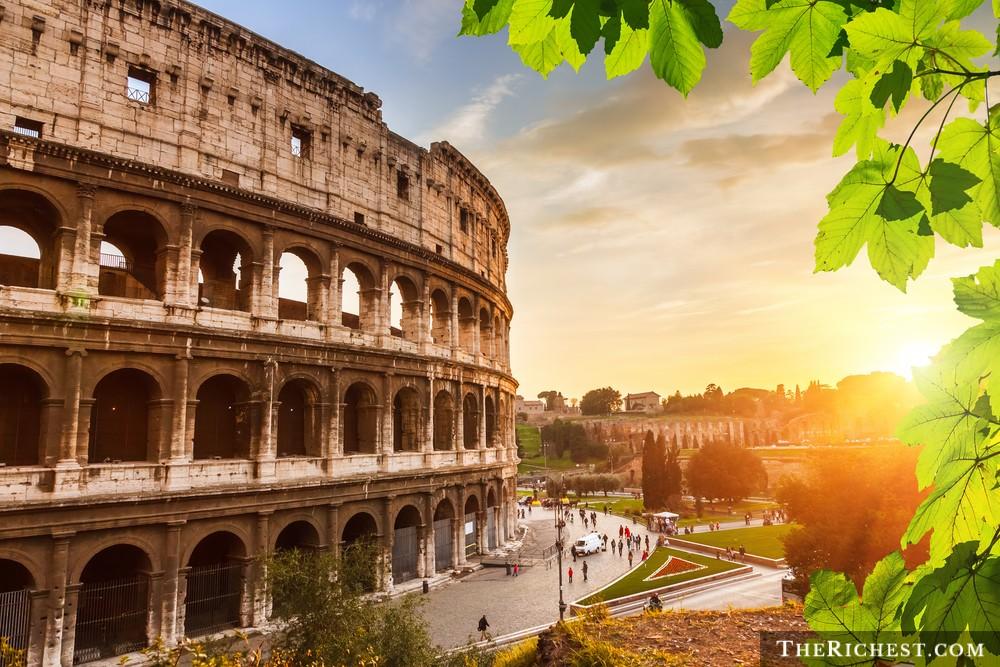 5. Италия – 37 миллиардеров.