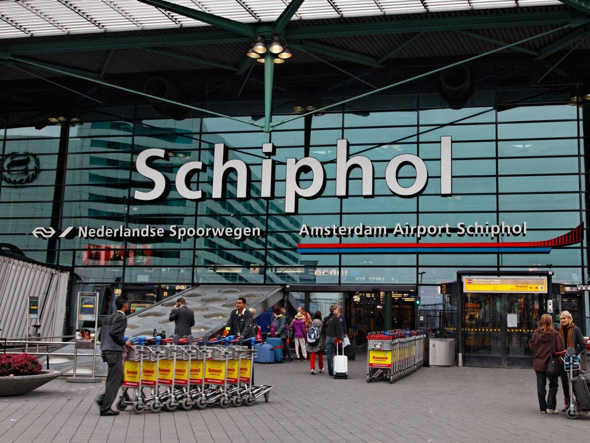 3. Амстердамский аэропорт Схипхол. Пассажирооборот – 58 284 864 пассажиров.