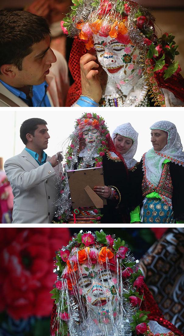 19. Болгарская невеста в традиционном наряде.