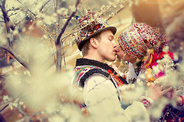 3. Гуцульская свадьба в Карпатах.