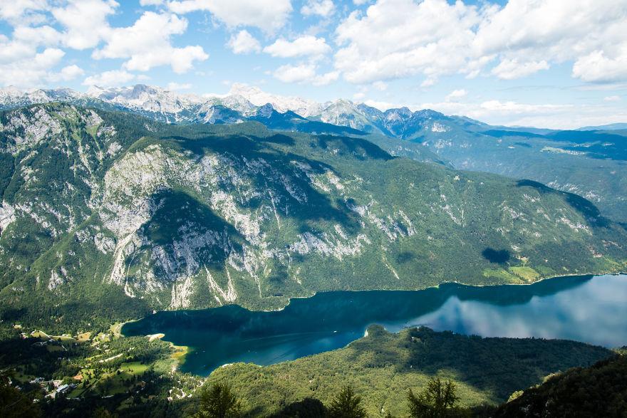 24. Озеро Бохинь, Словения