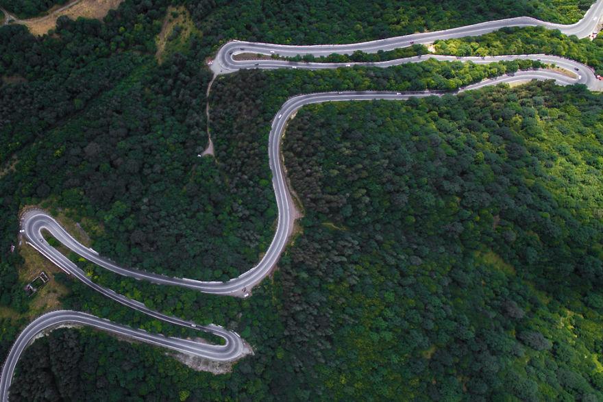 2. Дорога к городу Дилижан, Тавушская область.