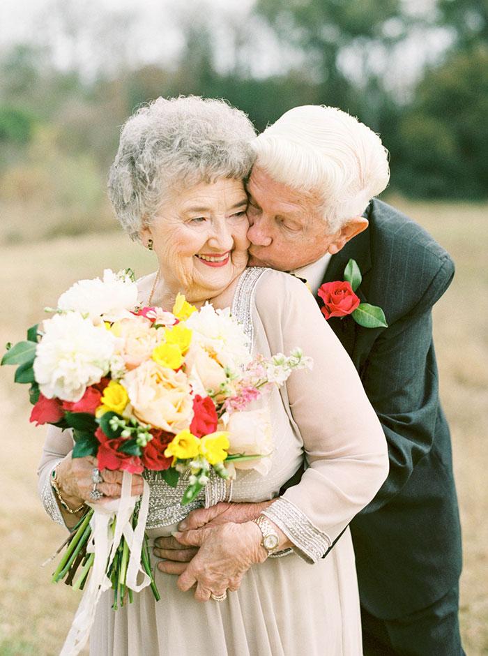 2. Они познакомились в далеком 1950 году, когда Джо увидел Ванду, идущую по улице. Он влюбился в нее буквально с первого взгляда.