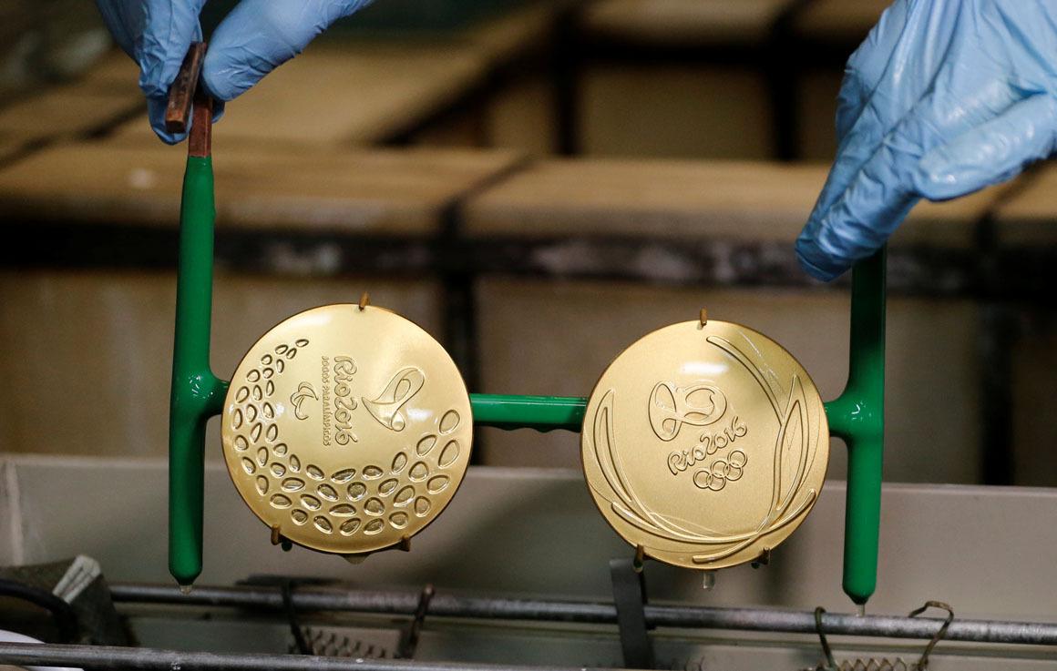 14. Процесс одинаков для бронзовых и серебряных медалей.