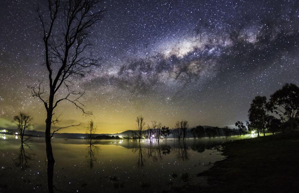 4. «Млечный Путь над Бонни Дун» (Австралия).