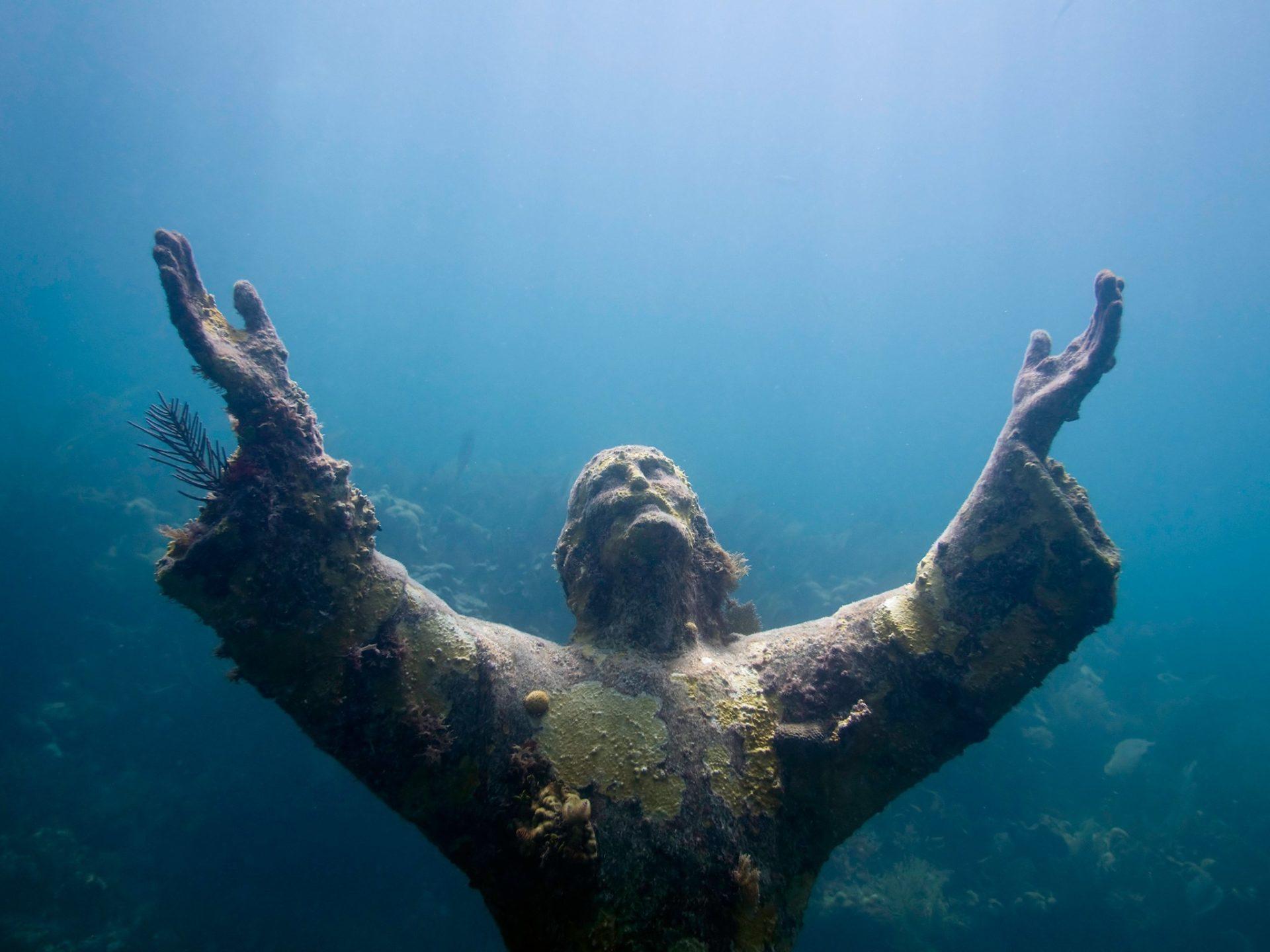7. Христос из бездны, Ки Ларго, Флорида, США.