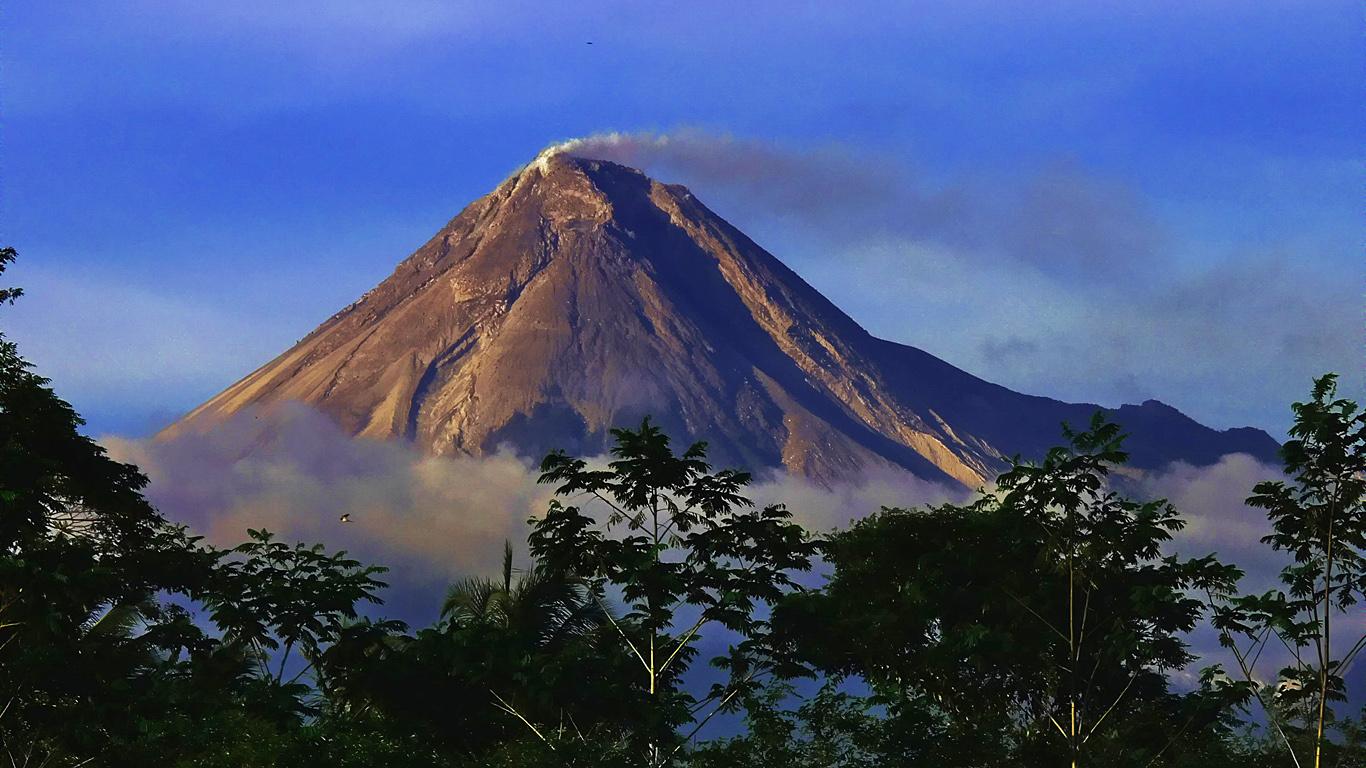 5. Мерапи – Индонезия.