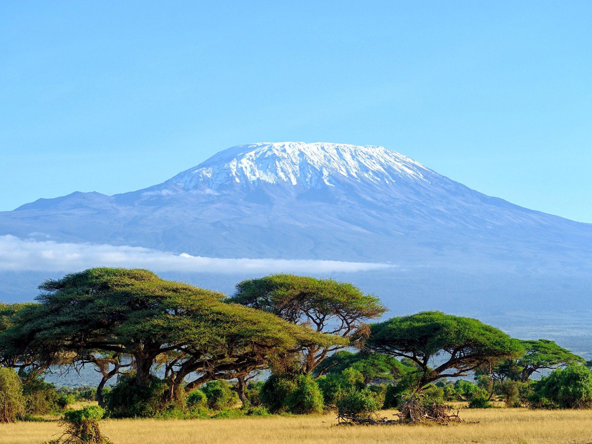 7. Гора Килиманджаро, Танзания.