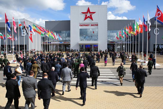 1. Открытие Международного военно-технического форума Армия-2016 в Экспоцентре в Кубинке.