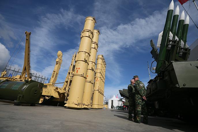 4. С-300ВМ «Антей-2500» - российская система ПВО с возможностью борьбы с баллистическими ракетами малой и средней дальности.