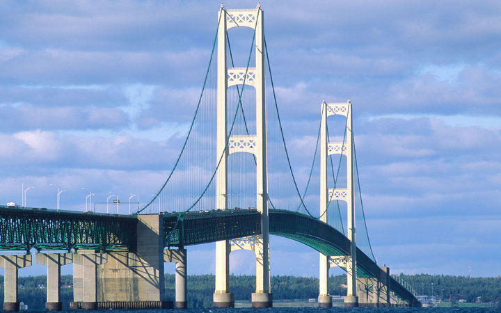 3. Мост Макинак, Мичиган, США.