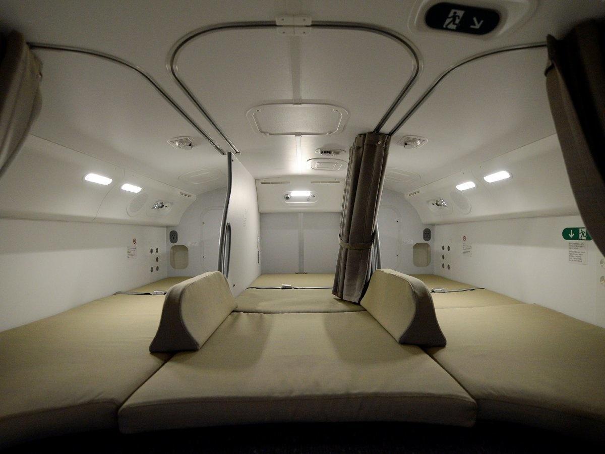 12. Комната отдыха Boeing 787 Dreamliner авиакомпании Air Canada.
