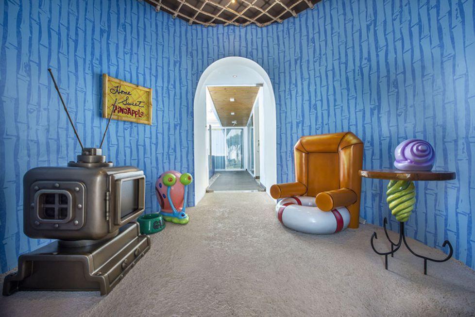 1. Ктооо проживает на дне океана? Так начинается любимый многими мультсериал про Губку Боба и его друзей.
